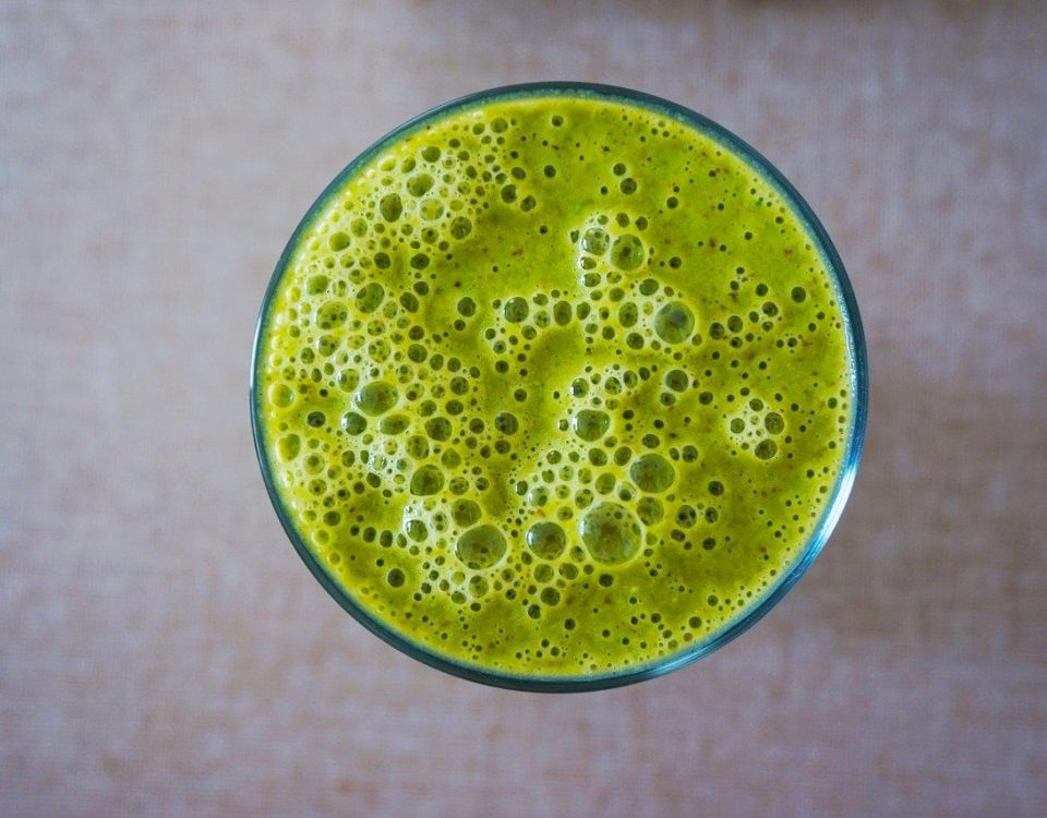 green-kale-smoothie